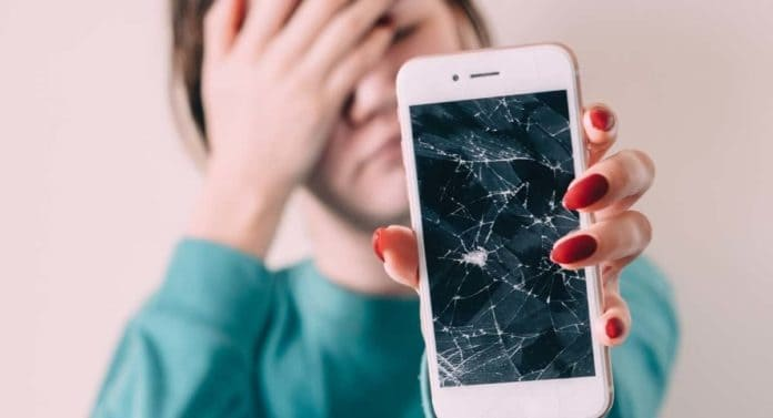 The Broken Phone Screen Syndrome: How to Stop Breaking Your Dang Phone